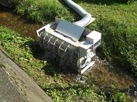 新庄村道の駅脇小水力発電実験設置